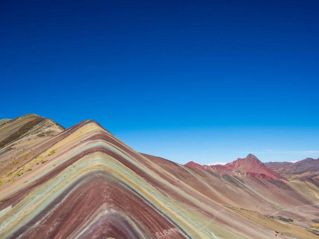 Keajaiban Alam di Amerika Latin: Pegunungan Pelangi