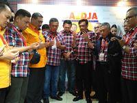 Berita Baru Indonesia 3 Bus Dan 15 Mobil Kawal Ahok Djarot Ke