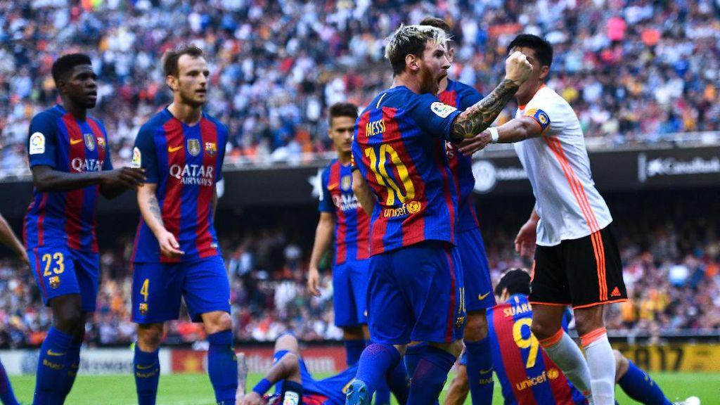 Fans Pelempar Botol Minta Maaf, Sebut Pemain Barca Pura-pura Cedera