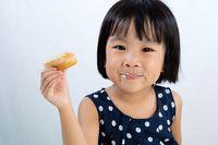 Ini 5 Tahapan Usia Anak untuk Panduan Pemberian Makanan Padat