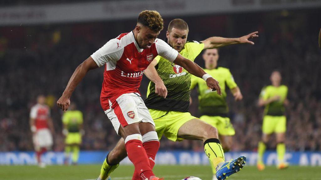 Oxlade-Chamberlain Menangkan Arsenal atas Reading