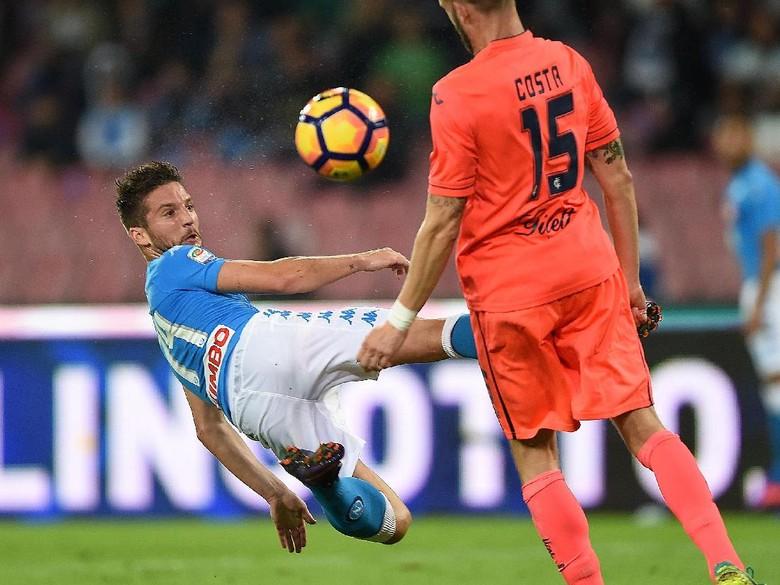 Napoli Tuntaskan Empoli 2-0 Di Markas Sendiri