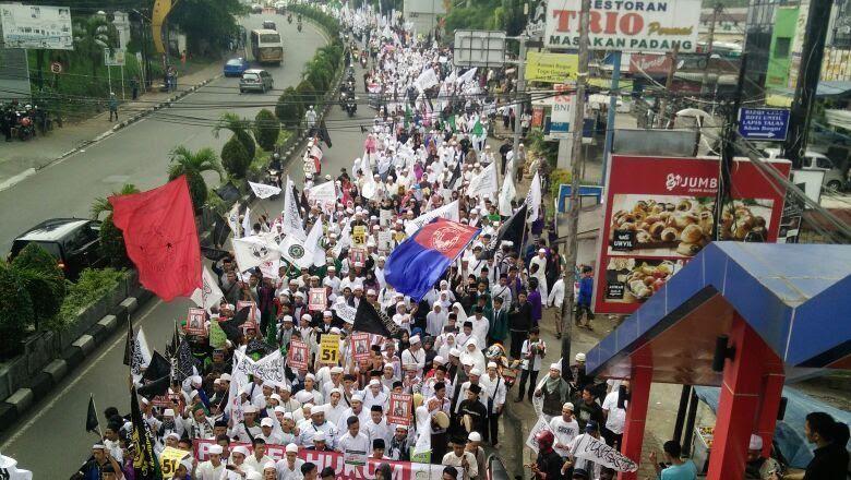 Ribuan Warga Bogor Hari Ini Demo #AntiAhok