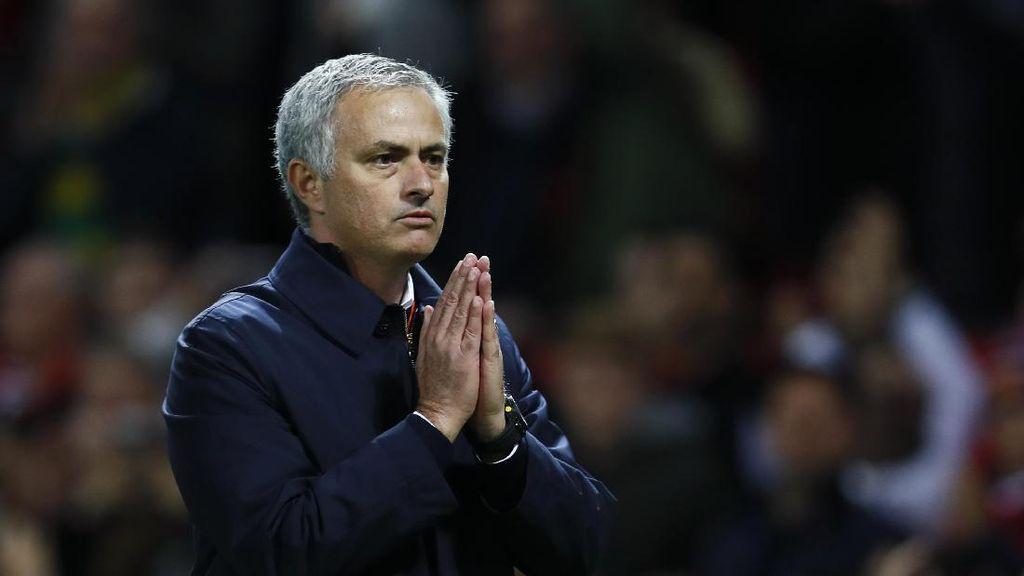 Mourinho: Suporter MU yang Terbaik