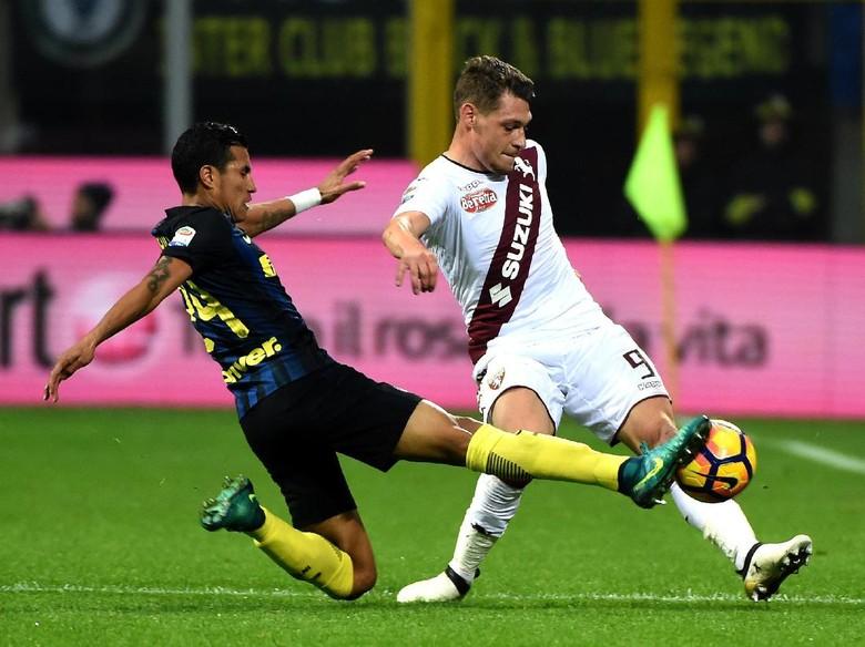 Gol Telat Icardi Menangkan Inter 2-1 Atas Torino