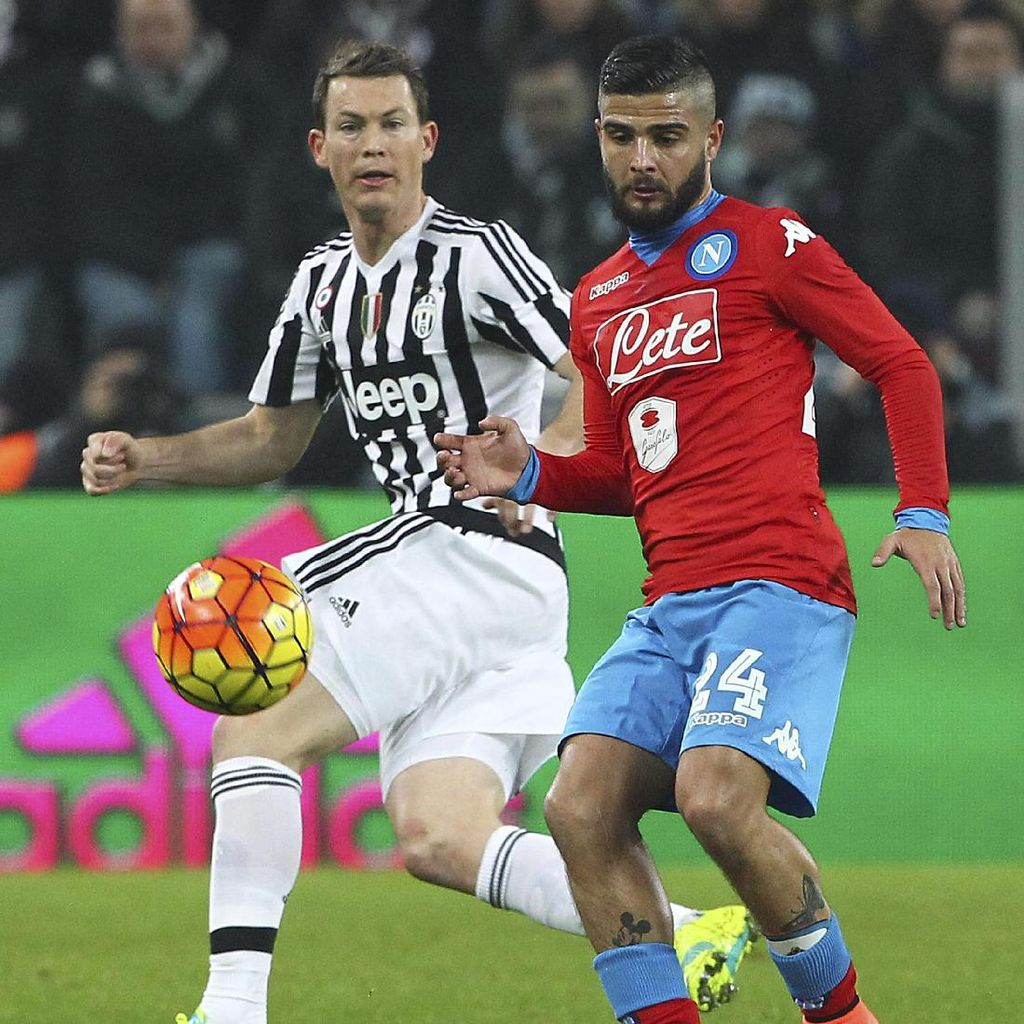 Juventus vs Napoli Panaskan <i>Giornata</i> 11