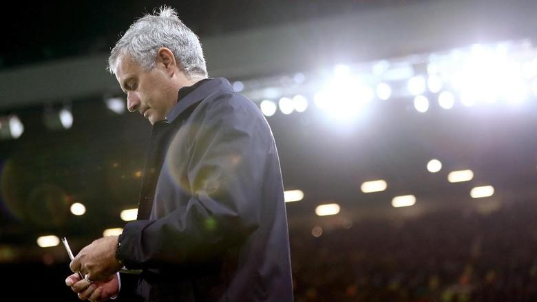 Permintaan Maaf Dari Jose Mourinho