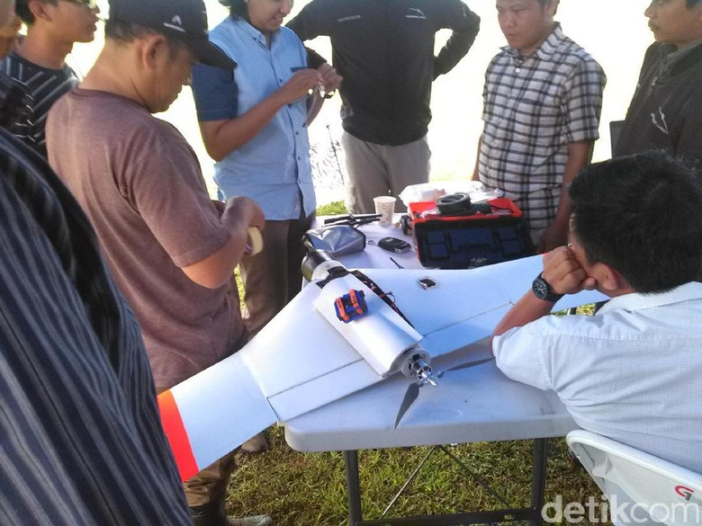 unmanned aerial vehicle/UAV