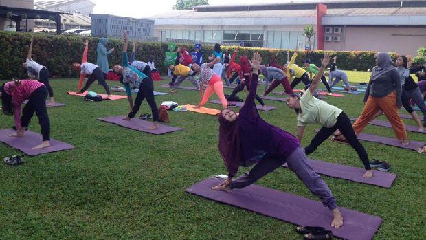 Yoga Tak Perlu Berlama-lama, Cukup Dilakukan Secara Rutin Agar Efektif
