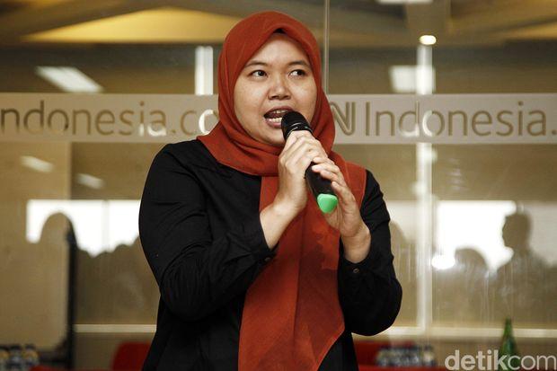 Iin Yumiyanti saat diumumkan menjadi Pemred detikcom oleh Chairul Tanjung, Selasa (1/11) kemarin. Foto: Ridho/detikcom