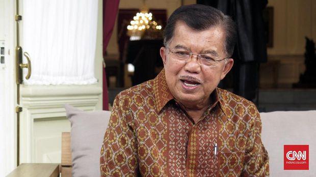 Wakil Presiden Jusuf Kalla menyatakan kepada demonstran anti Ahok bahwa kepolisian akan memproses kasus Ahok dalam dua pekan.