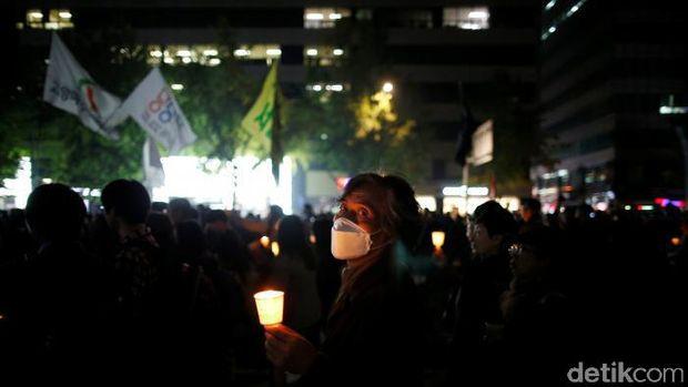 Demo di tengah Kota Seoul