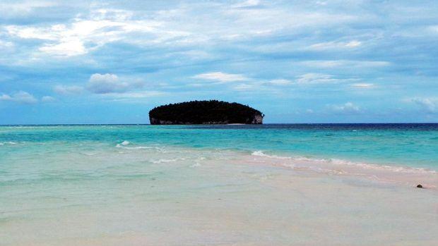Pemandangan Pasir Timbul dan pulau yg berada di dekatnya (Wahyu/detikTravel)