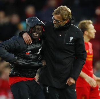 Liverpool Batal Rekrut Van Dijk dan Minta Maaf ke Southampton