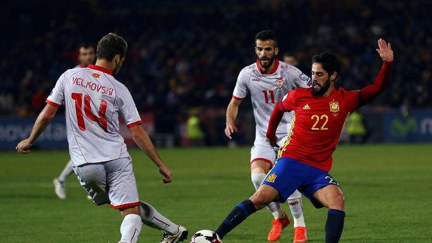 Spanyol Gilas Makedonia 4-0