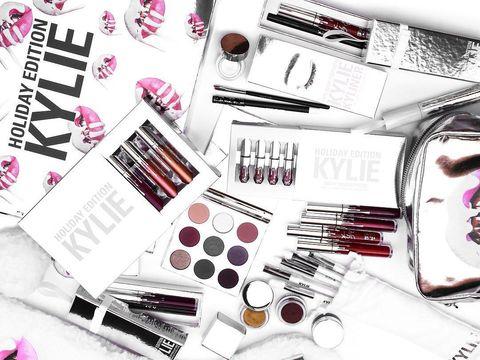 Sukses Bisnis Kosmetik, Kylie Jenner Masuk Daftar Forbes 30 Under 30 Termuda