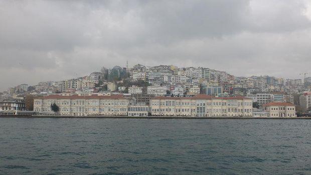 Pemandangan Kota Istanbul dari kejauhan (Rois/detikTravel)