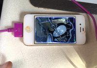 Setahun Terbenam di Danau Es, iPhone 4 Tetap Menyala