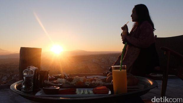 Traveler juga dapat menyaksikan sunrise cantik (Rois/detikTravel)