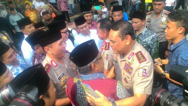 Kapolri-Wakapolri Silaturahmi ke PBNU, Santap Sarapan Bersama Kiai Said Aqil