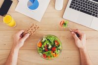 Pilihan makan siang terbaik untuk menurunkan berat badan