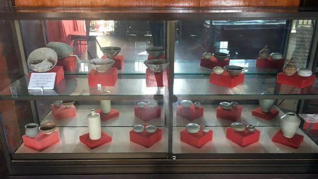 Koleksi keramik yg tersimpan di Museum Tanadoang (Esty/detikTravel)