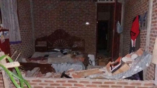 Beberapa Foto Paska Gempa Di Aceh