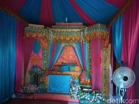 Persiapan pernikahan Yusra Fitriani