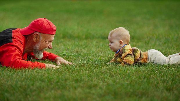 tubuh memproduksi lebih banyak sperma yang justru tidak efektif karena mengandung mutasi DNA yang membahayakan si calon jabang bayi.