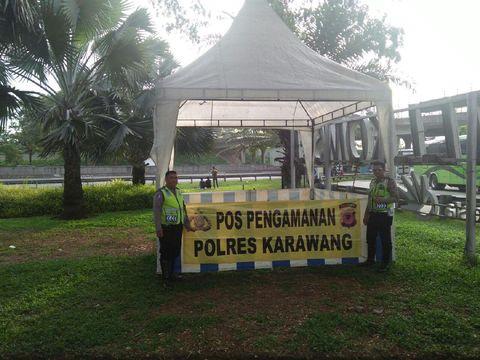 Pos pengamanan yang disiapkan Polres Karawang
