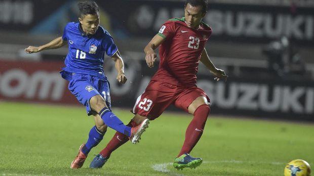 Hansamu Yama Pranata menjadi salah satu pemain muda yang menjadi pilihan di lini belakang Timnas Indonesia.