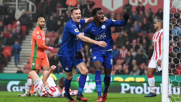 Sempat Ketinggalan Dua Gol, 10 Pemain Leicester Tahan Stoke