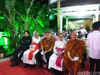 Sapa 3 Cagub DKI di Haul Gus Dur, Jokowi: Mbok yang Rukun!