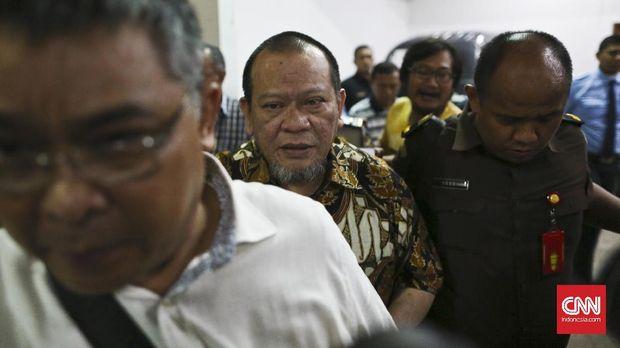 Umpan Lambung Gerindra ke Jokowi soal Mahar La Nyalla