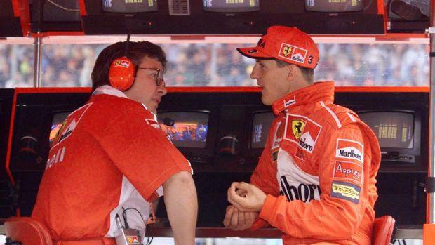 Schumacher dan Ross Brawn menjadi otak di balik kebangkitan Ferrari.