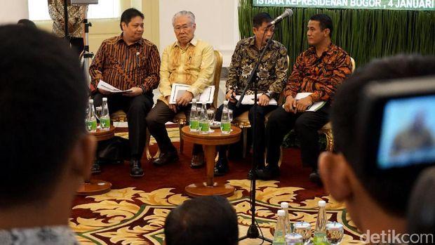Suasana sidang kabinet paripurna pertama di 2017