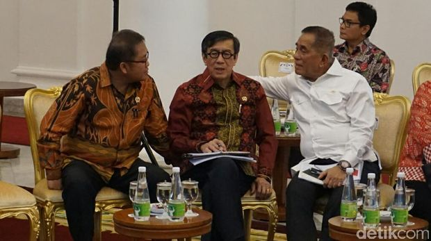 Suasana sidang kabinet pertama di 2017