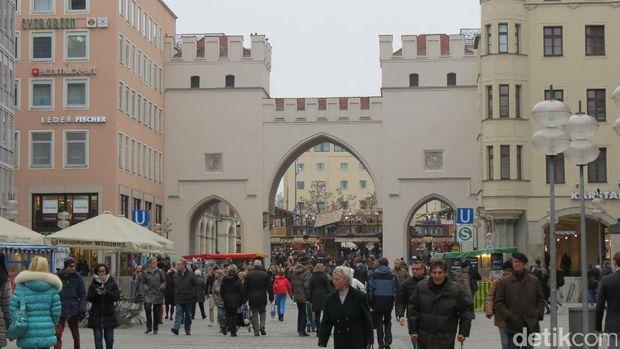Karlstor, gerbang kota tua Munich (Fitraya/detikTravel)