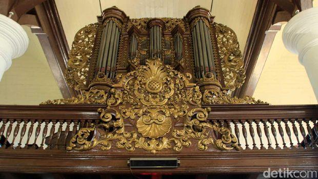 Orgel bersejarah yg masih bisa dioperasikan (Randy/detikTravel)