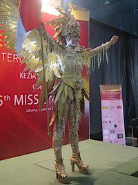 kostum megah burung garuda akan dipakai puteri indonesia