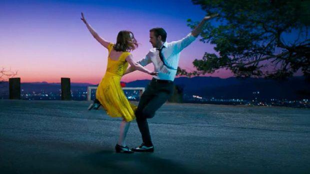 La La Land, film yang menggambarkan tentang mimpi akan Hollywood digandrungi di seluruh dunia. (Screenshoot via Youtube/Lionsgate Movies)