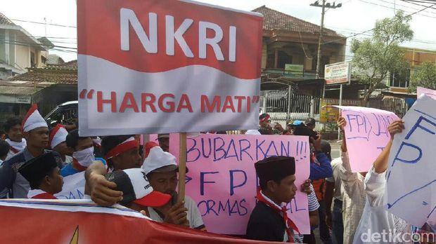 Forum Penegak Pancasila Tuntut FPI Dibubarkan