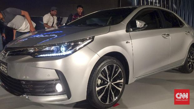 Gaya Baru Sedan di New Corolla Altis