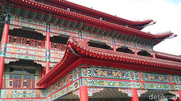 Hiasan naga yg memenuhi The Grand Hotel Taipei (Wahyu/detikTravel)
