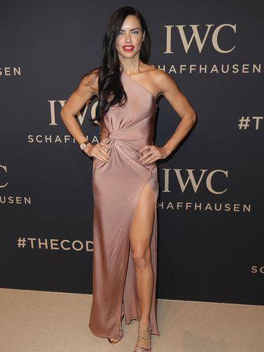 Cari Tahu Tinggi & Berat Badan Model Dunia, Gigi Hadid Hingga Karlie Kloss