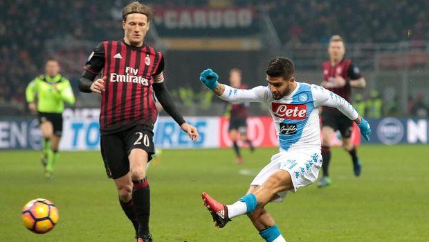 Napoli Tundukkan Milan 2-1 di San Siro