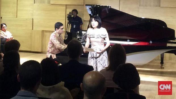 Differences Unite Konser Piano Tiga Babak Ananda Sukarlan