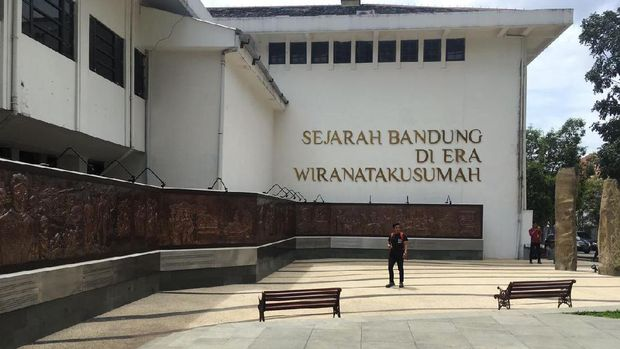 Ada juga relief yg khusus menceritakan sejarah Bandung era Wiranatakusuma (Avitia/detikTravel)
