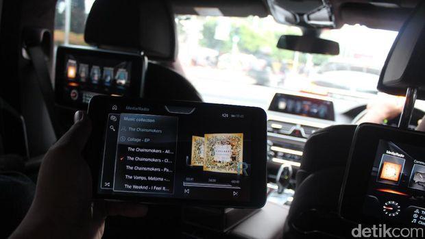 Tablet serba guna untuk mengatur aneka fungsi mobil