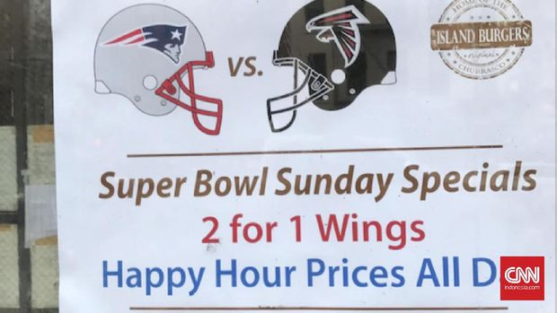 Restoran dan tempat makan di Amerika Serikat ikut terlibat dalam keriuhan Super Bowl.